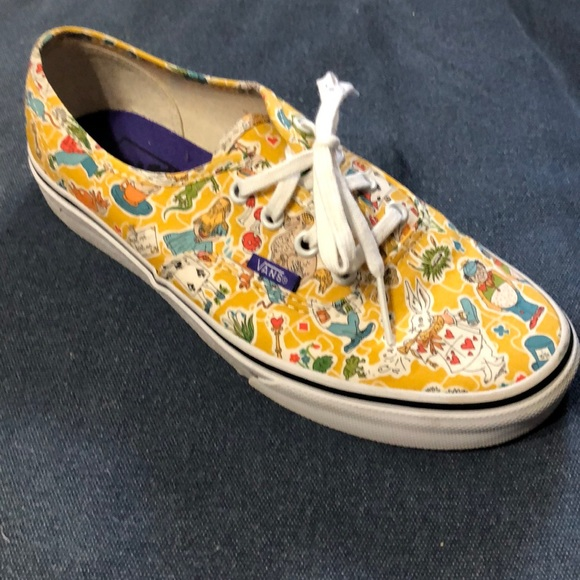713a4abd6e Vans Alice in Wonderland from Liberty. M 5cae18a58d653d79ac684b6f